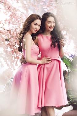 [ Người đẹp ] Ngọc Trinh và Linh Chi yêu kiều như đóa hoa