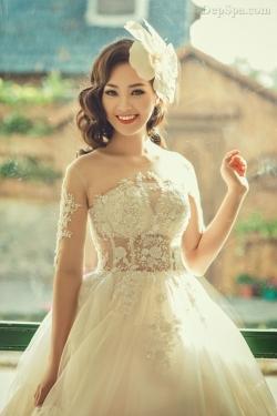 [ Người đẹp ] Thụy Vân rạng rỡ làm cô dâu