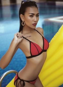 [ Người đẹp ] Diệu Huyền gợi ý chọn bikini hợp xu hướng