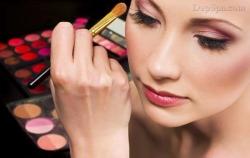 [ Làm đẹp ] Các bước đơn giản để trang điểm mắt đẹp hoàn hảo